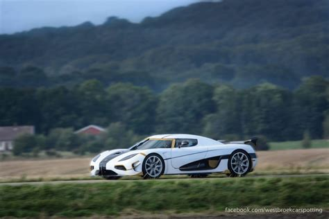 koenigsegg agera rs white white koenigsegg agera rs snapped testing in the
