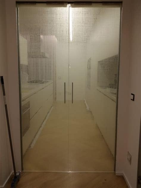 porta in cristallo scorrevole stunning porte a due ante photos acrylicgiftware us