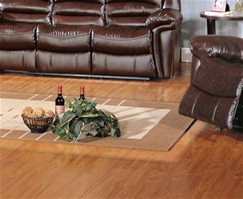 tappeti per parquet tappeti su parquet pavimenti sottili effetto resina