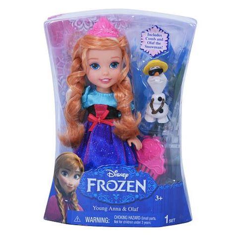 frozen wallpaper toys r us 226 best lia s princess pins images on pinterest disney