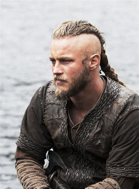 travis fimmel hair ragnar lodbrok we heart it vikings and ragnar
