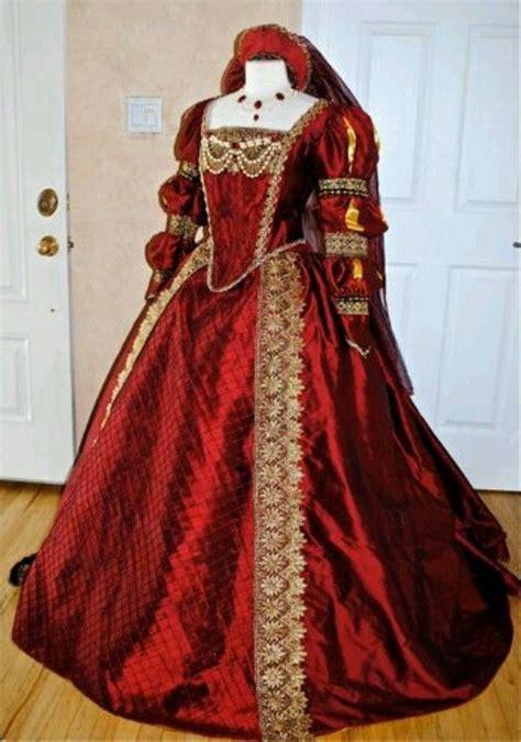 Shakespeares Wardrobe by 25 Best Ideas About Tudor Dress On Tudor