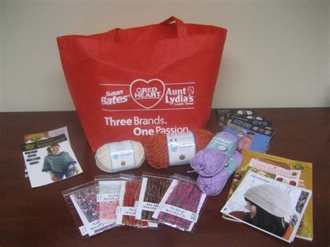 learning intarsia at stitches midwest swag bag giveaway stitch and unwind - Swag Bag Giveaway