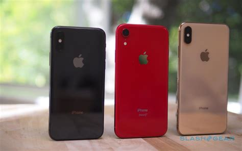 iphone xr review compelling compromise slashgear
