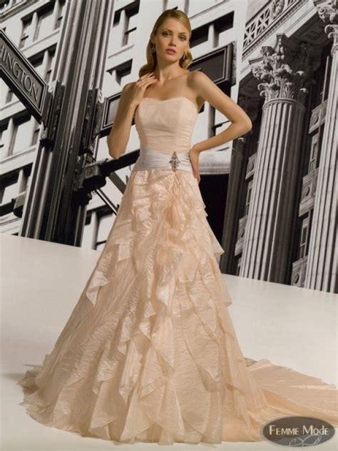 imagenes de vestidos de novia que no sean blancos vestidos de novia que no sea blanco mejores vestidos de