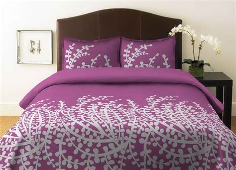 simple purple bedroom simple minimalist purple color bedroom 1198 215 862 127659 hd