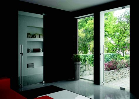 Self Closing Door by Cr Laurence Introduces Dynamic Hinges For Self Closing