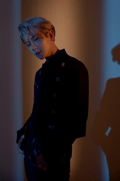 baekhyun exo tampil  konsep day  night