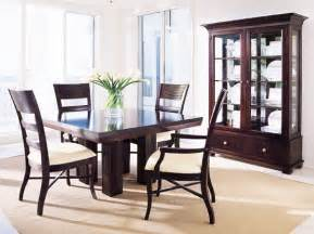 Simple dining room home design photos