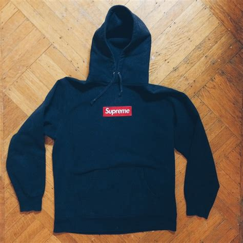 Outwear Sweater Hoodie Navy 64 supreme outerwear supreme navy embroidered box