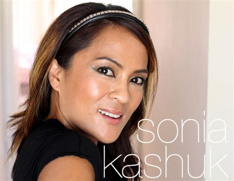 sonia kashuk haute hair for a hot price the 9 99 sonia kashuk studly