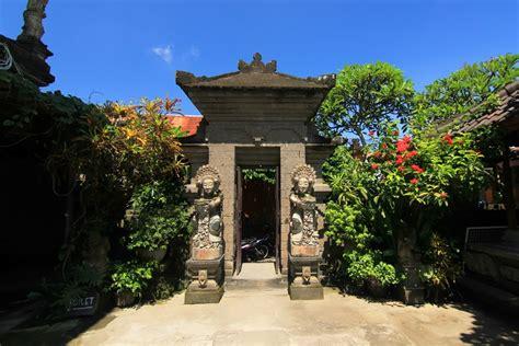 Kain Pantai Khas Bali By Aga Bali museum lukisan sidik jari jejak karya ngurah gede