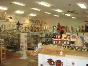 Shop In Shop Interior File Gift Shop Interior Jpg Wikipedia The Free Encyclopedia