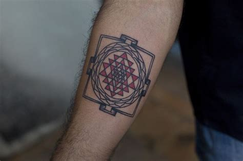 yantra tattoo designs best 25 yantra ideas on geometric