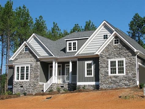 houses with rock and siding best 25 brick siding ideas on pinterest