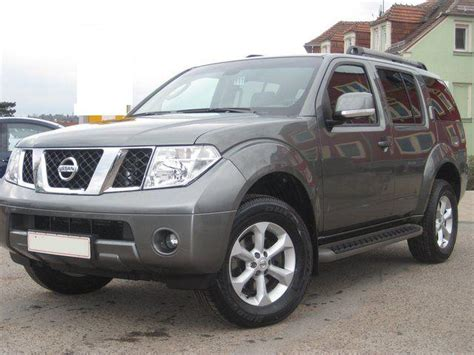 grey nissan pathfinder lhd nissan pathfinder 11 2009 metallic grey lieu
