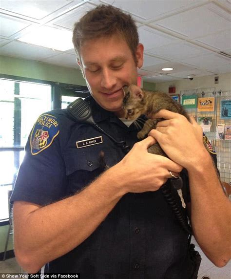 anthony daniels baltimore kitten rescuing cop inundated with marriage proposals