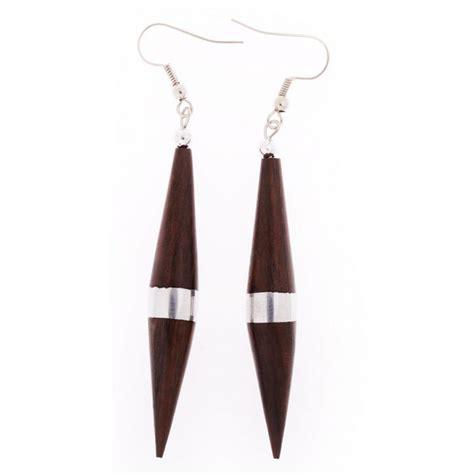 wooden earrings ibu