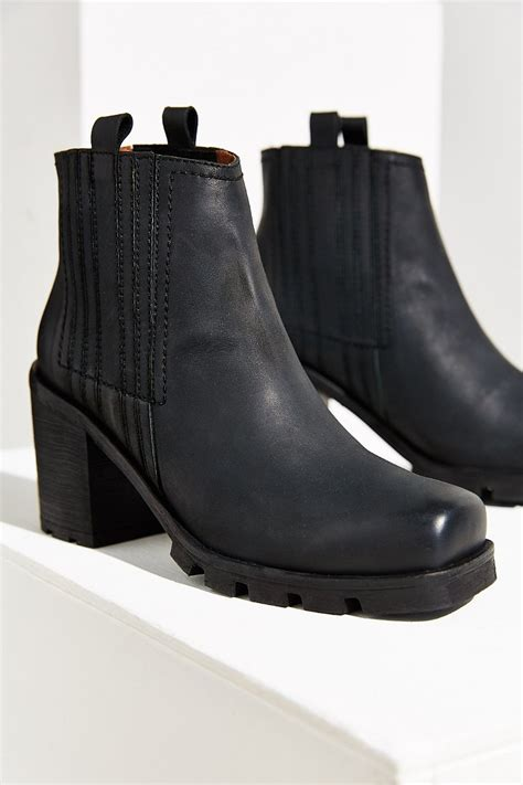 sixtyseven boots sixtyseven piper chelsea boot in black lyst