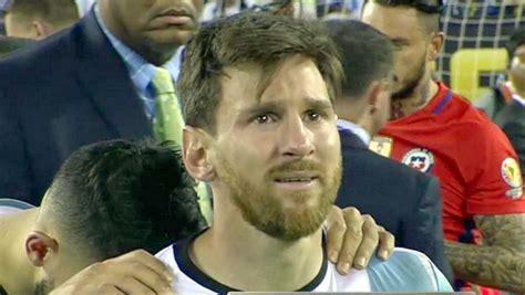 imagenes llorando del america una imagen desgarradora messi llorando tras perder otra