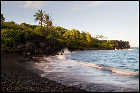 black sand beach maui black sand beach maui flickr photo sharing