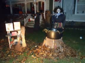 Halloween outdoor decorating ideas plus amazing halloween outdoor