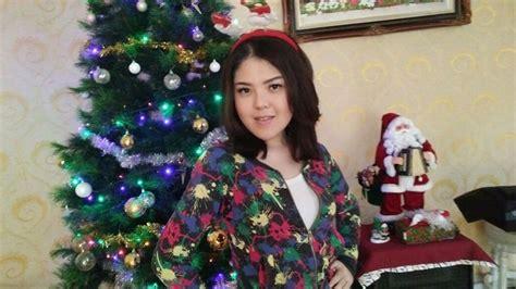 Rak Tv Sederhana Murah Meriah perayaan natal keluarga tina toonita sederhana murah