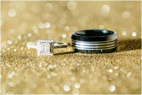 tips for photographing wedding rings seattle wedding