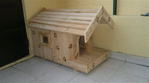 cute little house dogs pallet dog house to give your dog more comfort 99 pallets
