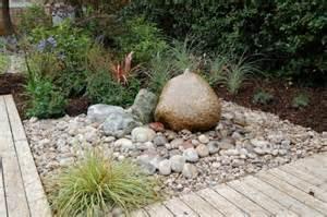 pierres d 233 coratives de jardin laisser naturelle dans le