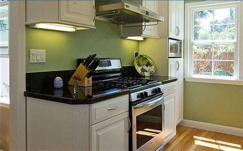 Ideas For A Small Kitchen Space by Small Kitchen Design Ideas