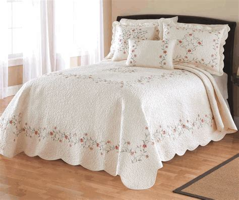 Bed Bedspread Embroidered Ivory Bedspread