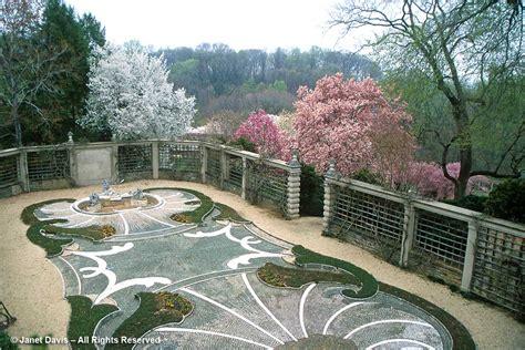 Dumbarton Oaks Gardens by Blissing Out At Dumbarton Oaks Janet Davis Explores Colour