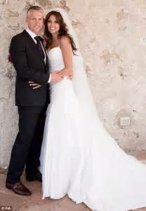 gary married gary lineker ties the knot with danielle bux in secret