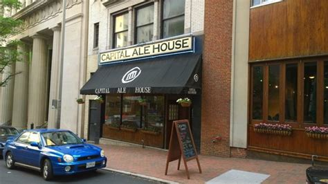 capital ale house the 10 best restaurants near executive mansion richmond