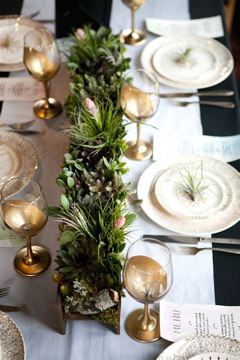 how to decorate a small table for thanksgiving tips for decorating a thanksgiving table becki owens