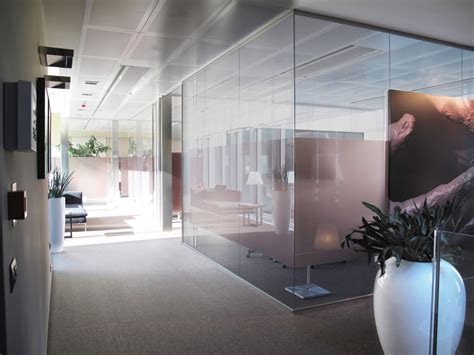 pareti vetro ufficio pareti mobili divisorie in vetro mobili ufficio design in