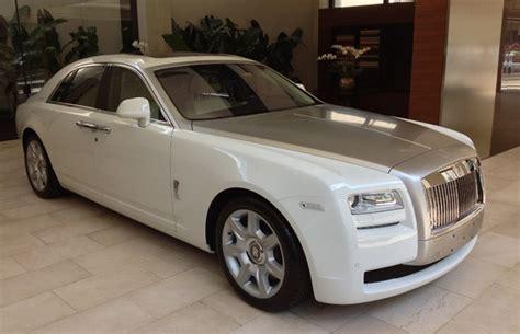 roll royce carro rolls royce no brasil carro de luxo chega ao brasil