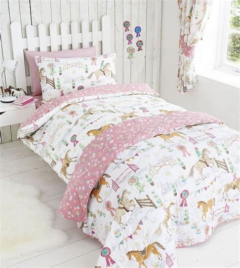 horse comforters for sale horse pony jumping show time duvet quilt cover daisy prize