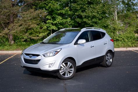 hyundai tucson 2014 blue 2014 hyundai tucson our review cars com