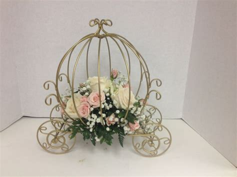 cinderella carriage centerpieces carriage centerpieces with and pink roses wedding