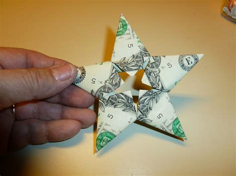 Easy Origami Dollar - clear you can make a five dollar origami