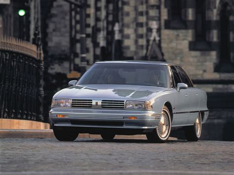 how can i learn about cars 1992 oldsmobile 88 lane departure warning 1991 oldsmobile ninety eight vin 1g3cw53l6m4317617 autodetective com