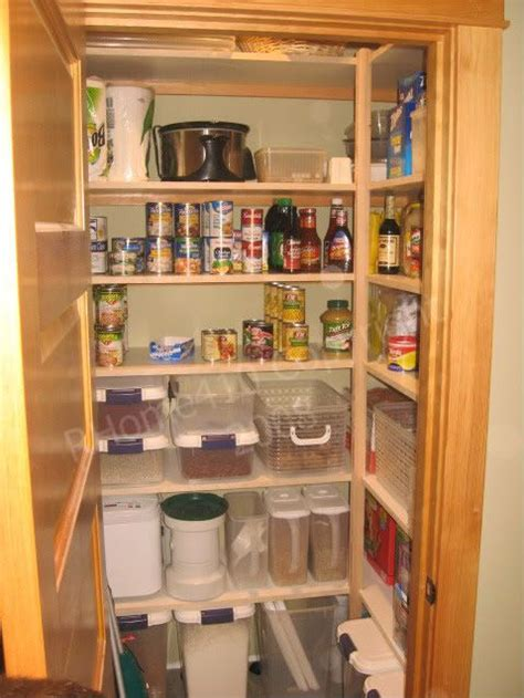 Walk In Pantry Shelving by Walk In Pantry Storage For The Home