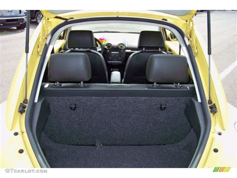 volkswagen beetle trunk 2009 volkswagen beetle 2 5 coupe trunk photo 51616078