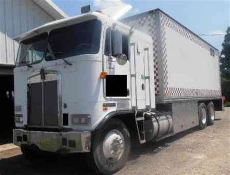 kenworth box truck kenworth trucks deals offers 1986