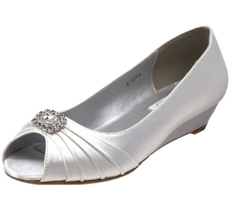 comfortable wedge bridal shoes comfortable silver low heel wedding sandals low heel sandals