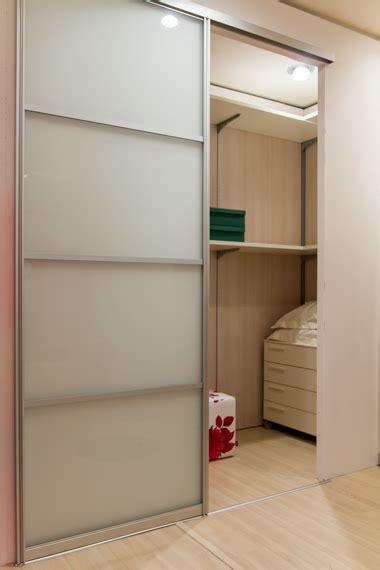 anta scorrevole cabina armadio doimo cityline cabina armadio con anta scorrevole
