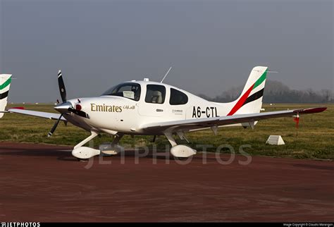 emirates flight training academy a6 ctl cirrus sr22 g6 emirates flight training academy