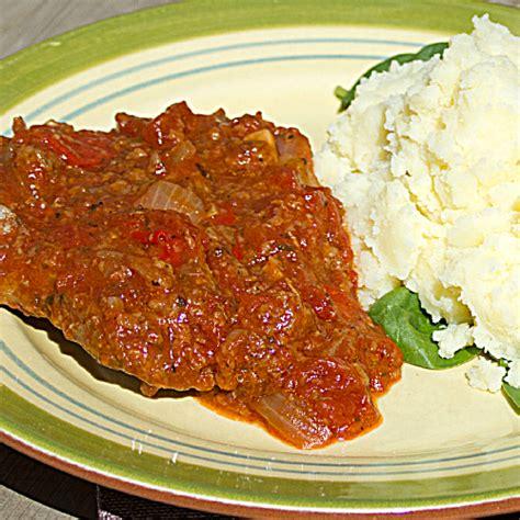 swiss steak braised cube steak in stewed tomatoes